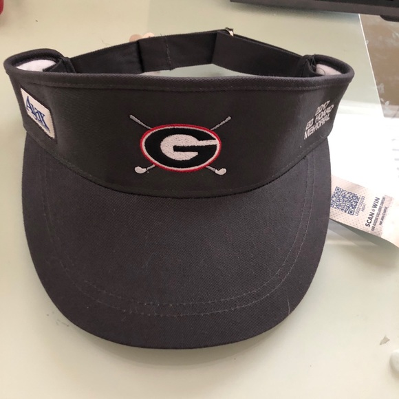 Genuine Collegiate Accessories - UGA golf visor with tags 30365788bfd